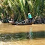 boot-woman-mekong-tour-vietnam