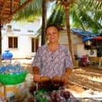 woman-mekong-vietnam-kokusnuss
